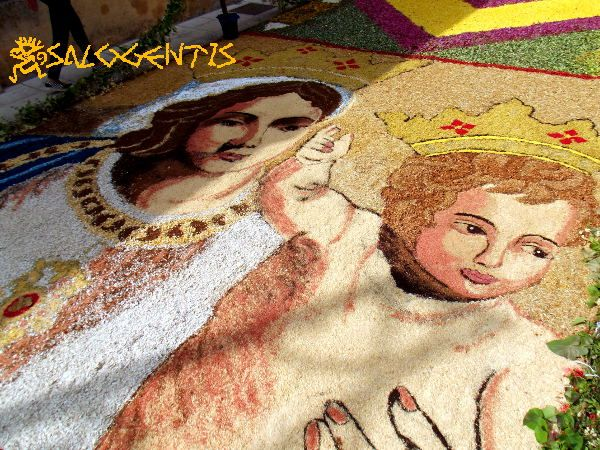 Infiorata di Patù. Rappresentazione della Madonna di Leuca