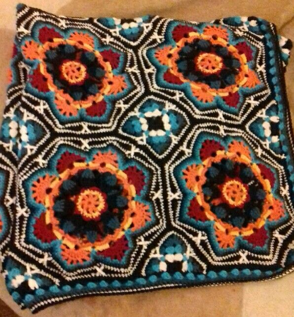 Persian tiles pattern from black sheep wools.   The best and hardest thing I have ever made.....just for Tan