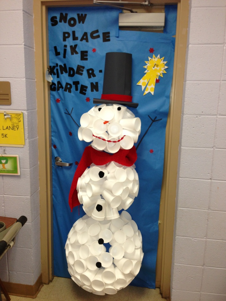 Snowman door decoration made from styrofoam cups too cute for Snowman made out of cups