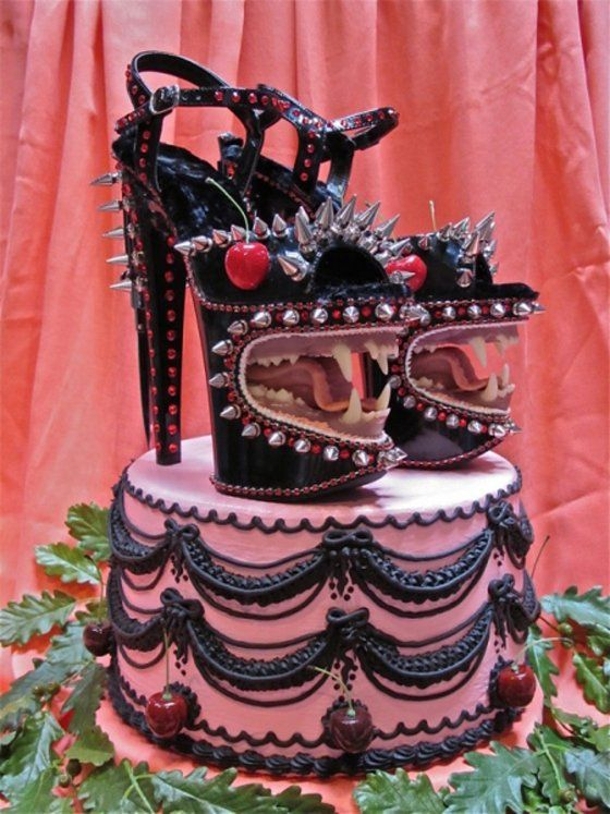 I need someone to design the shoes for me. However, alas, they are cake... Monsterlijke Taarten - Vrouwen.nl