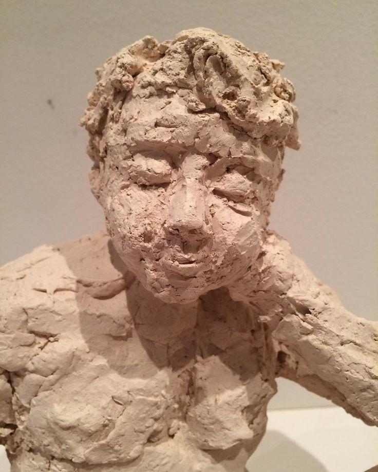 """""""Tænkeren"""" """"Thinker"""" Copyrigt by www.anne-mette.com  Jeg laver gerne skulpturer på bestilling. Jeg elsker at modellere. #skulptur #skulpture #ansigt #face #ceramicart #ceramicartist #clayart #tænkeren #thinker #portrait #portrait #artgallery #kunst #kunstwerk #kunstner #danishartist #dk #sculpture #pinterest #www.anne-mette.com"""