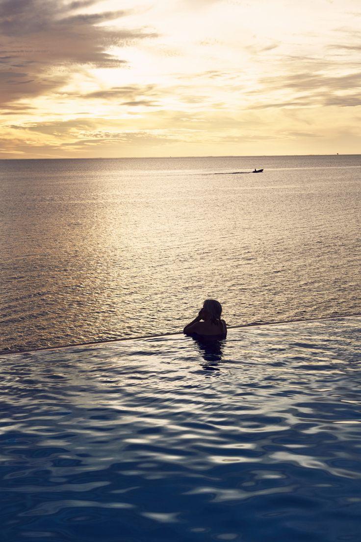 http://www.sonnyphotos.com/2017/06/marriott-hotel-momi-bay-fiji