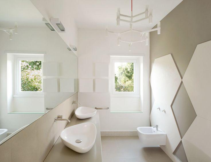 oltre 25 fantastiche idee su pareti piastrellate da bagno su ... - Piastrelle Bagno Jolie