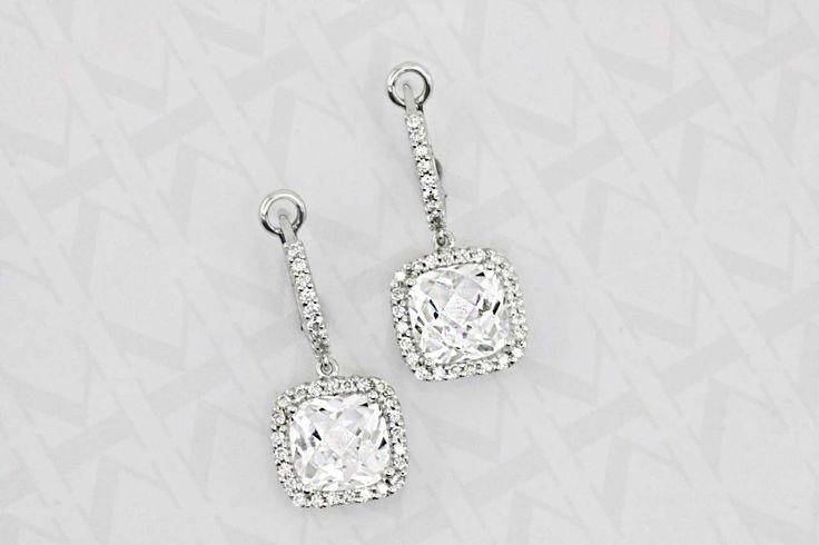 Diamond halo earrgs... #Kalfin #kalfinjewellery #diamonds #custommade #engagementrings #weddingbands #gentsrings #handmade #melb #melbournejewellery #cbdjewellery #diamondrings #love