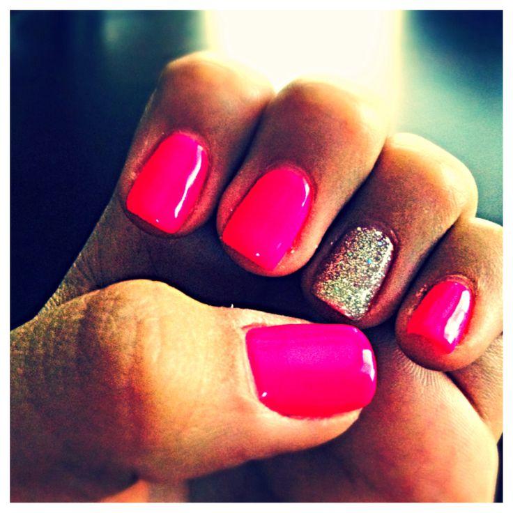 Hot pink Gel nails!! <3