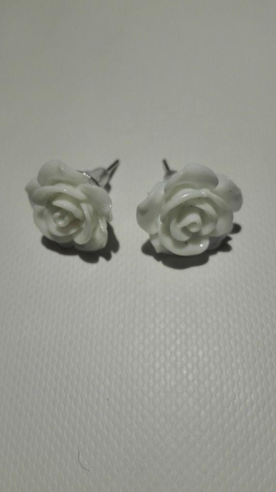 Boucles d'oreilles clou en forme de rose - blanc 10mm
