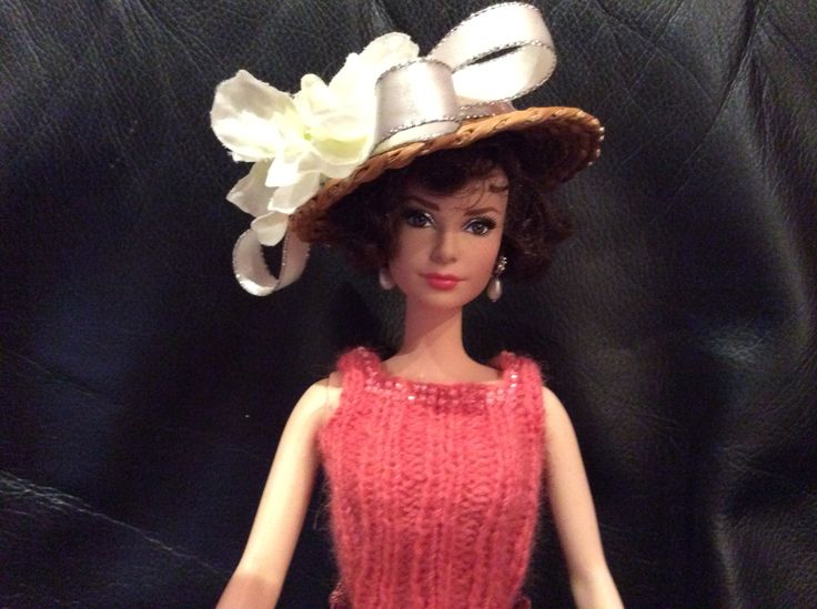 Audrey wearing hand knitted tank and sun hat