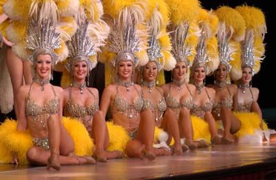 Vegas Showgirls from Strip hit show Jubilee....Great show, a Must see..http://media.accessvegas.com/graphics/shows-reviews/001-jubilee-ballys-las-vegas-showgirls.jpg