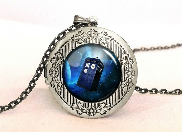 TARDIS Locket, 0338LPOS from EgginEgg by DaWanda.com