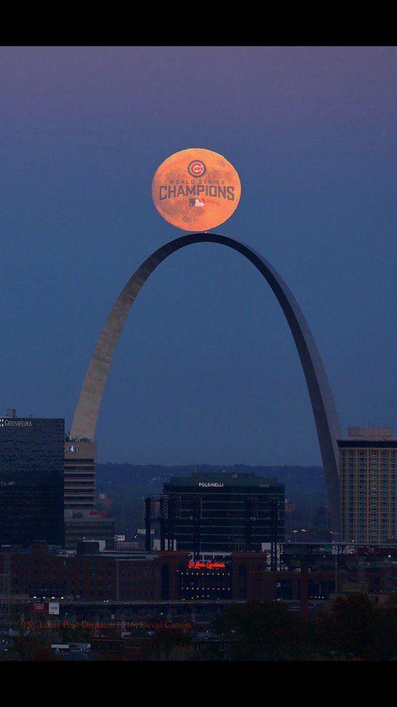 Super Moon over St Louis, 11/13/16, hahaha!