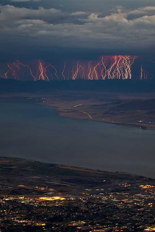 Curtain of lightning