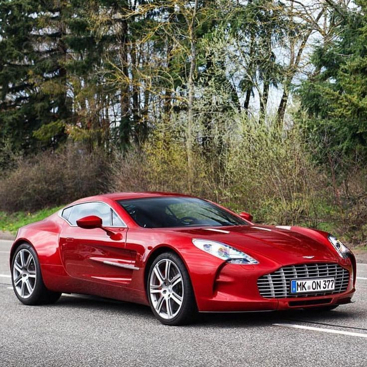 Aston Martin One-77 1.4 Million V12 0-60 In 3.5