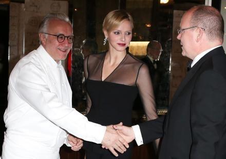 Charlene de Monaco : elle célèbre Alain Ducasse avec son prince
