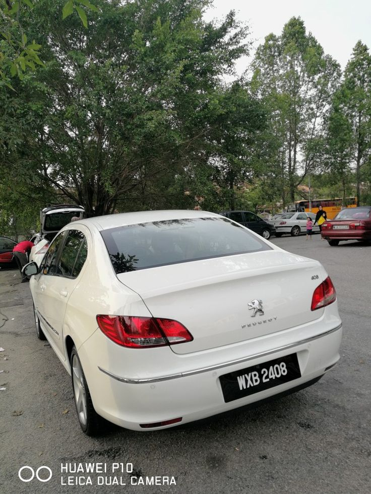 Pin de Mod en Peugeot 408 Vehiculos