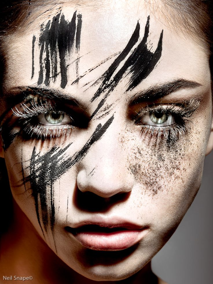 CHIC MAKEUP l white mascara http://www.halloween-mall.com/bbw130.html?mr:trackingCode=77F25727-2D01-E211-8FF3-001B21BCC0BC:referralID=NA:adType=pla=CISI-Zz4jbUCFUfhQgodljMAJg
