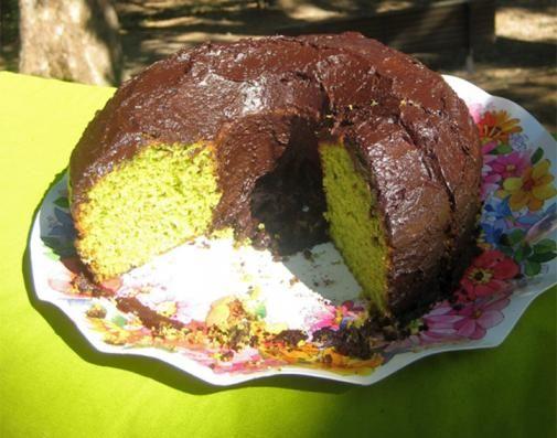 Bolo do Shrek … ou bolo de agriões com cobertura de brigadeiro