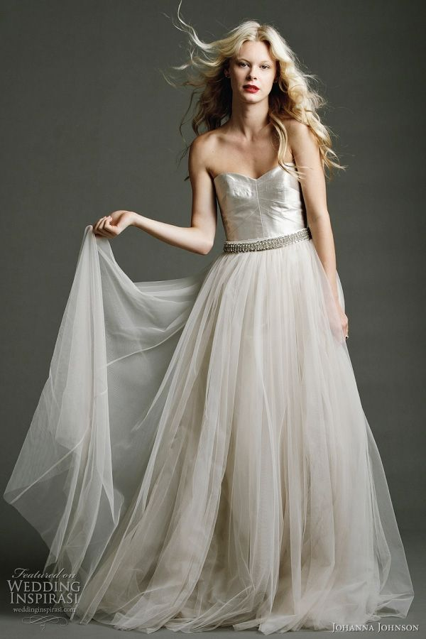 johanna johnson 'templar collection'- the isadora - Fully paneled corset  gown with tulle skirt and hand-beaded silk belt