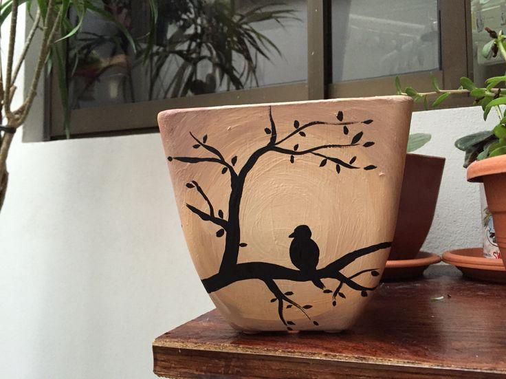 Pajarito en ramas