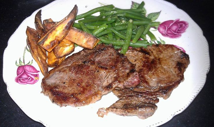 Dinner Day 29 - Lunch was snacks of fruit and nuts on the train so no pics so was starving by dinner time - BBQ steak, green beans and sweet potato wedges