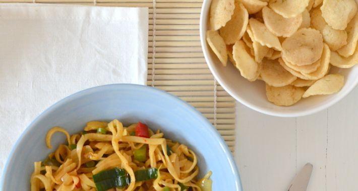 Zelf bami goreng maken is helemaal niet moeilijk, hierbij een makkelijk en gezond recept voor je.