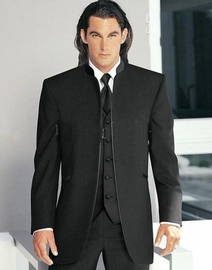 Traje negro. Arriba el novio!! traje de novio, listo para la boda! the handsome groom style www.miboda.tips/