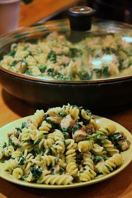 Těstoviny s kuřetem, houbami a špenátem…