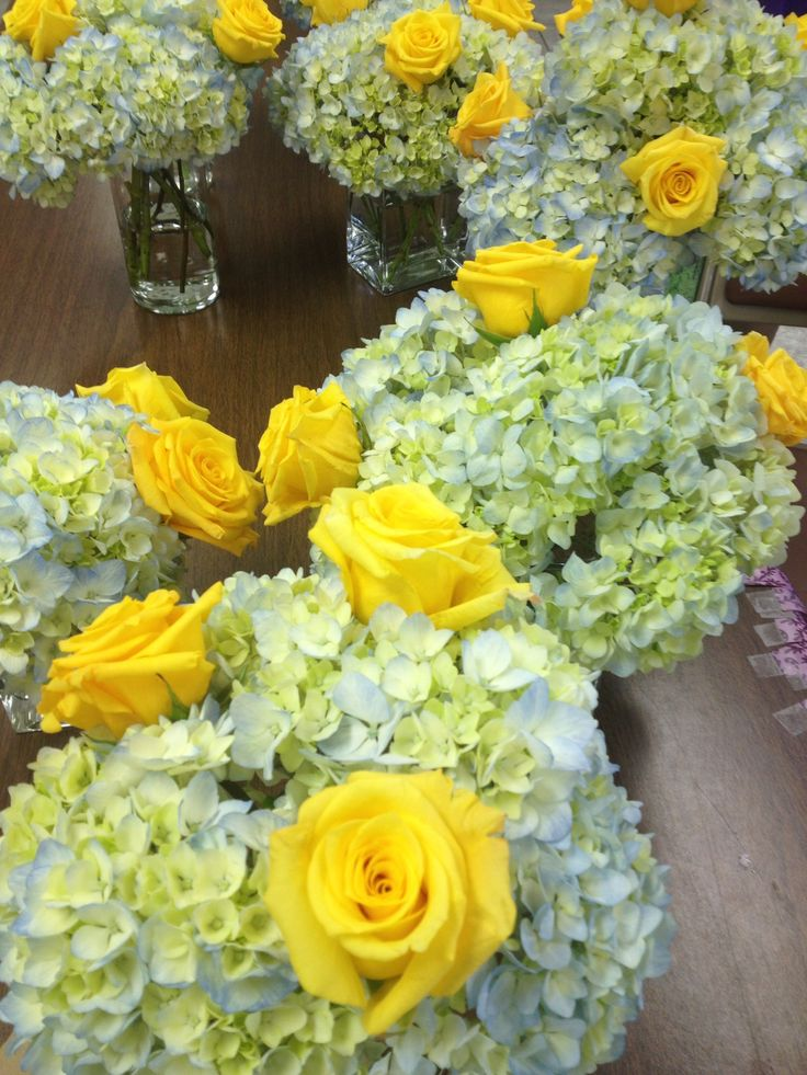 25 Best Ideas About Anniversary Party Centerpieces On Pinterest Anniversar
