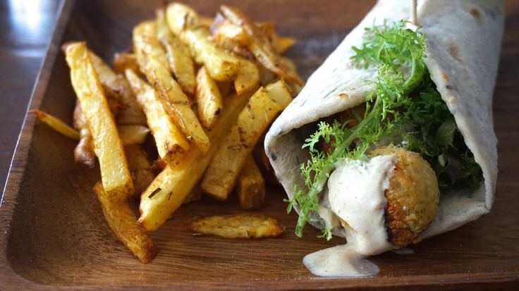 This Falafel Wrap with Homemade Fries