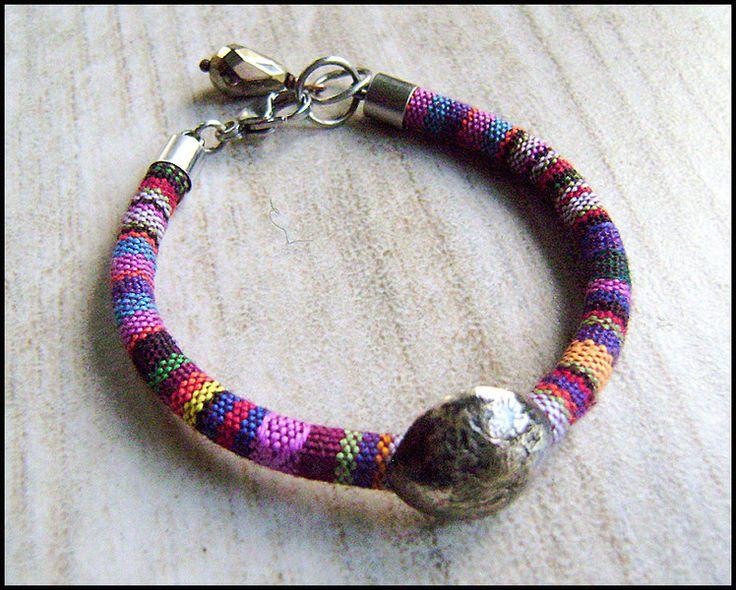Kolorowa bransoleta - miedziany dysk w artkatalina -  biżuteria artystyczna na DaWanda.com