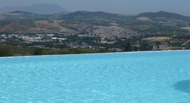 The views from the spa pool at Delaire-Graf - Tours du Cap