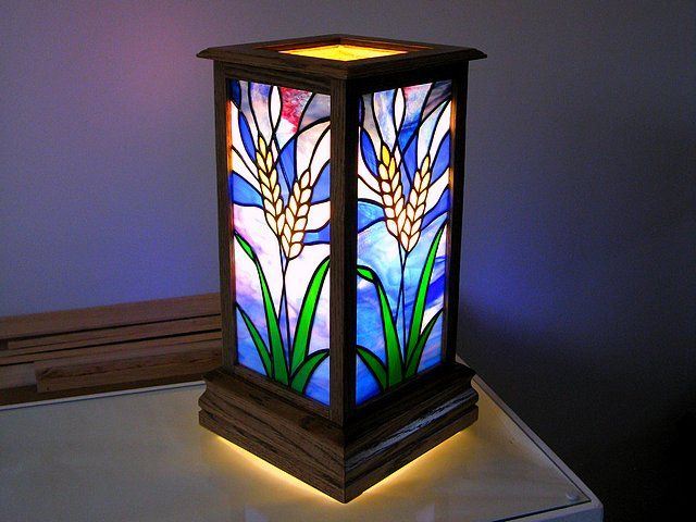 2669 best stained glass lamps images on pinterest for Fenetre sherbrooke