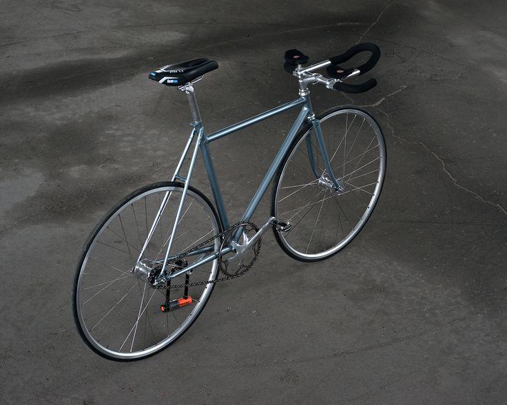 Custom Lis pursuit track bicycle