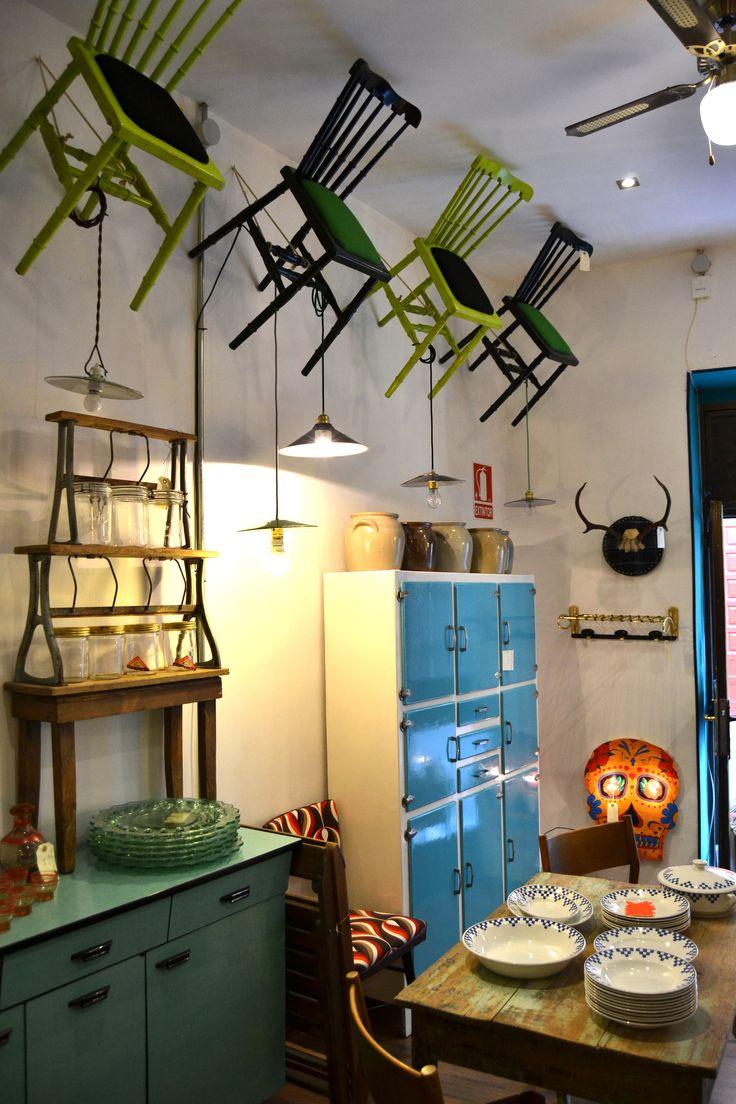 Casa muebles madrid excellent patio de la casa con for Mercadillo muebles madrid