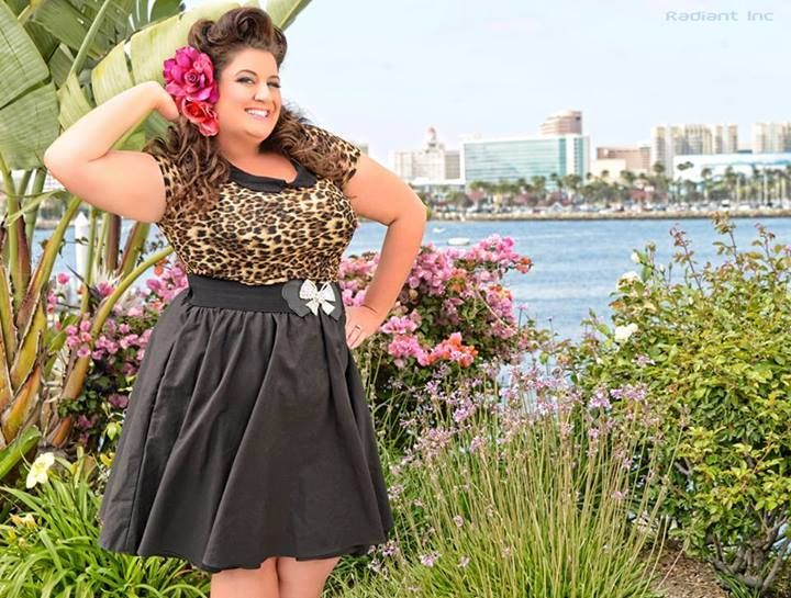 Candy Coconuts, plus size pinup model