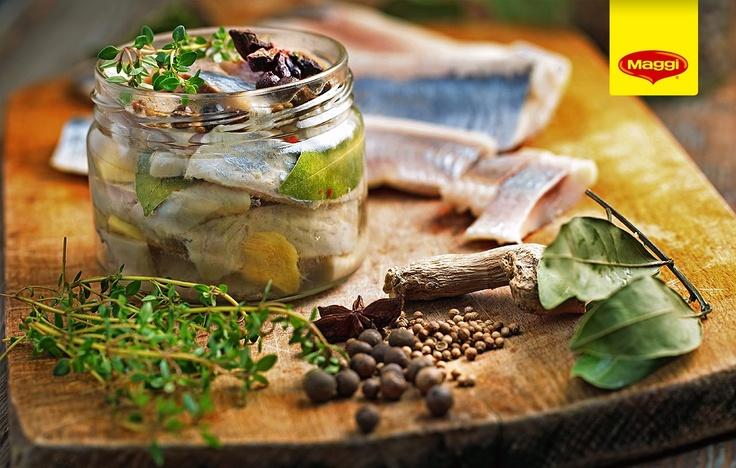 How to marinate your fish // Pestele este atat de bun, mai ales cel marinat!! Yummy! :D -> http://www.maggi.ro/reteta/peste-cu-sos-marinat-4470.aspx