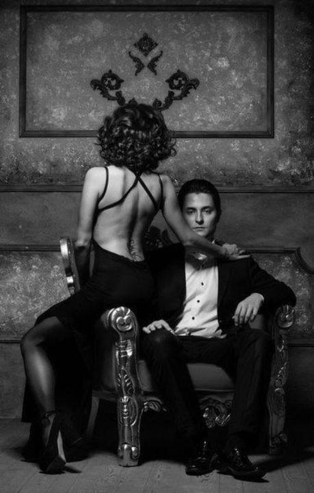Baby! Ich habe deine Ex-Frau so satt. Sie greift uns immer wieder mit schwarzer Magie an. Sie sind derjenige, der es jetzt empfängt. Ich bin fertig mit dem …