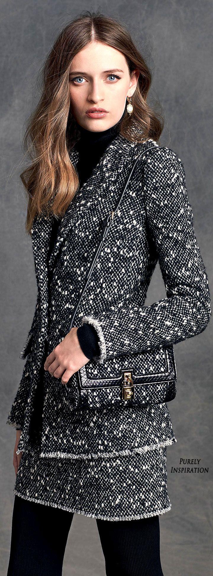 Dolce & Gabbana.        Winter 2016.         Collection.         Women's Fashion.         Ready To Wear.