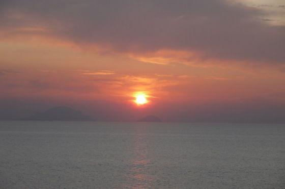Sicilia - Il tramonto dello Stromboli - di Robi&Vale