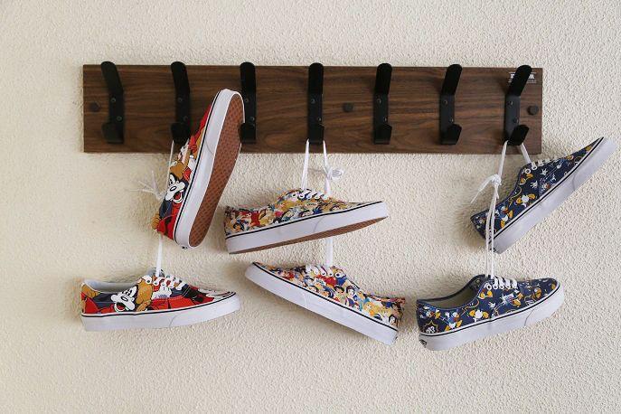 Vans x Disney young at heart Era & Authentic.#vans #era #authentic #disney #youngatheart https://www.zapatosmayka.es/es/catalogo/marca:vans/ver-todos/