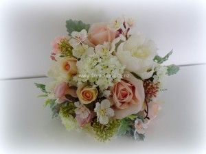 Apricot peach and pink pastel posy image