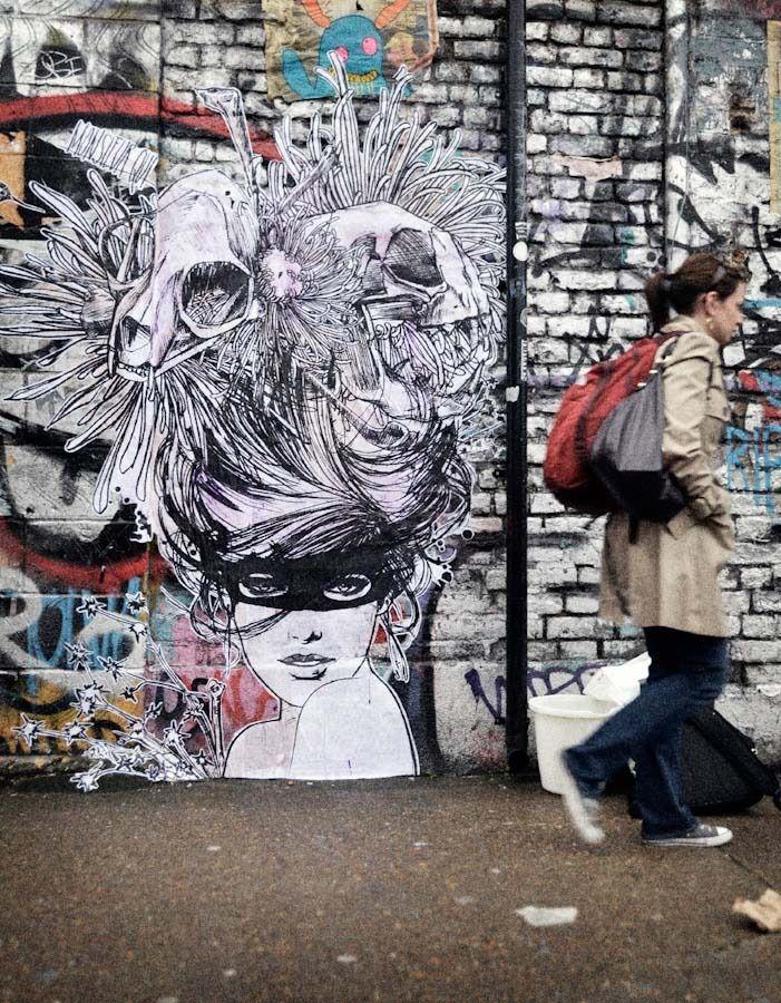 Monsieur Qui, London - unurth   street art