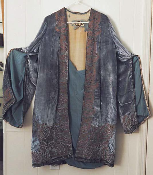 Evening coat -   silk, metal   early 1920s Vitaldi Babani ( 1895–1940)*