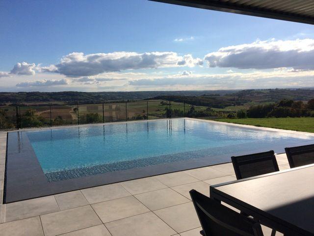 127 best piscine images on pinterest terrace spa and spas for Piscine miroir spa