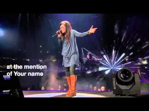 Today I prayed a fresh revelation of the cross and Gods' love and the price paid for my sins...THANKYOU JESUS HOW COULD I NOT WORSHIP YOU!!!!!!!!Kari Jobe - Revelation Song [live@Passion2013]