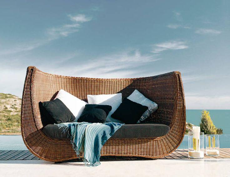 Contemporary Garden Sofa In Resin Wicker MADEIRA : By Studio Expormim  Expormim