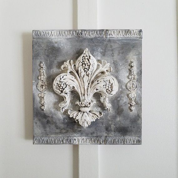 Fleur De Lis Wall Decor Wall Plaque French Wall Decor Distressed Hand Painted Home Decor With Images Chic Home Decor Wall Plaques Homemade Chalk Paint