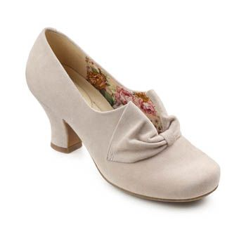 Donna Heels - Light and flexible - Hotter Shoes - Spring 2014 (Light Taupe)