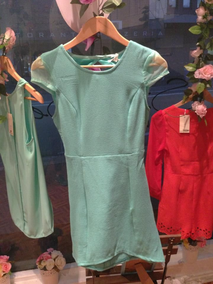 Meet me a midnight mint dress - $25 Sizes - 6-12