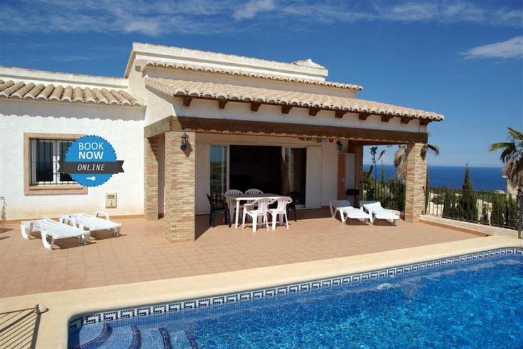 Nueva casa en alquiler para 4 personas, con piscina privada y vistas al mar. Book online NOW! http://alquileresbenitachell.com/fichainmueble.php?lang=es&country=ESP&om=D&ref=CASA+MAITE