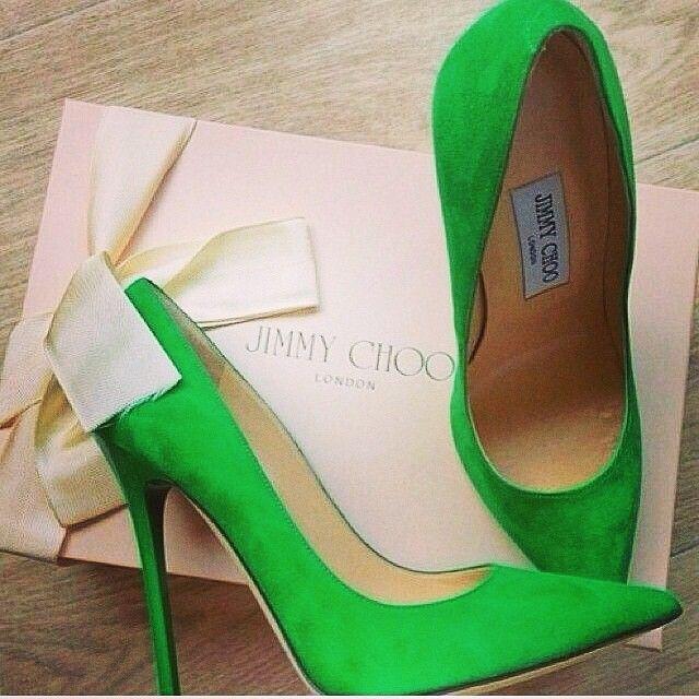 Jimmy Choo heels - Love them! Siempre tiendo a los tacones que me hacen lucir sexy ;)